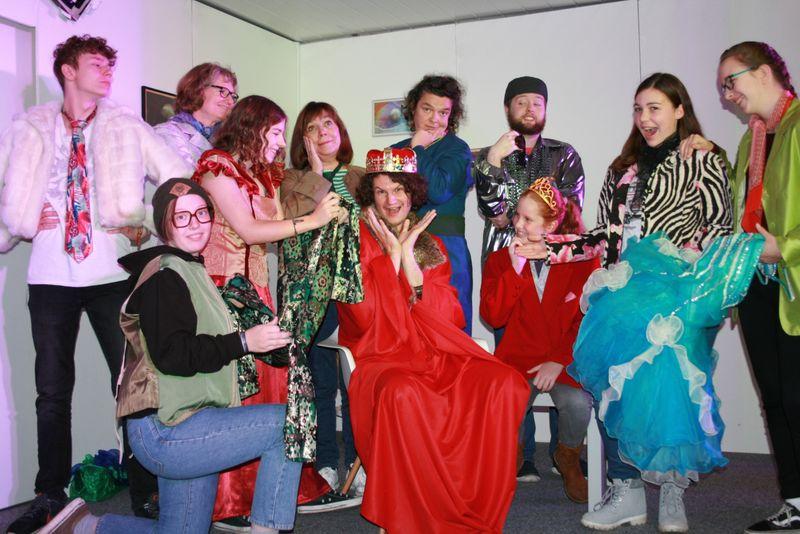 Theater: Des Kaisers neueste Kleider
